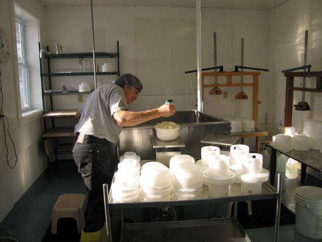 Weighing - The filled molds are weighed.